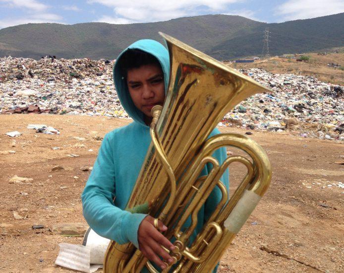 Joueur de tuba © 2018 – La Banda de Música