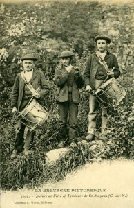 Joueurs de Fifre et Tambours de St Mayeux